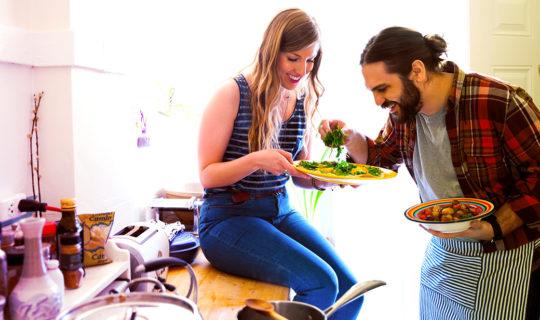 saving money eating at home