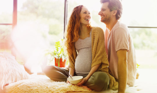 Couple prepares for paternal leave